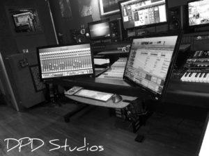 black-white-studio-photo